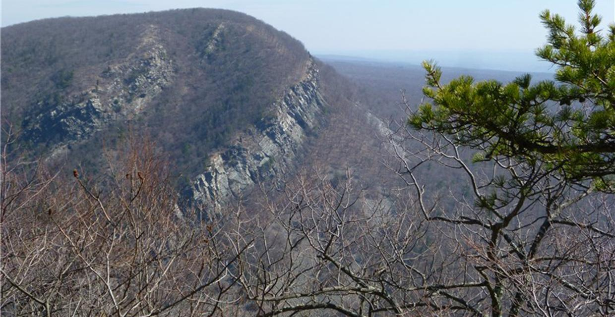 Mount Tammany as seen from Mount Minsi  - Delaware Water Gap National Recreation Area - Photo credit: Daniela Wagstaff